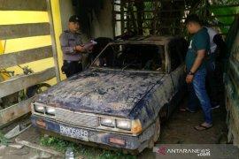 Dua balita di Asahan tewas terbakar di dalam mobil