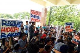 Polisi bubarkan demonstrasi GMKI cabang Ambon