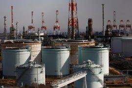 Harga minyak naik di perdagangan Asia didorong pengurangan pasokan.