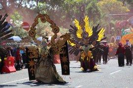 Surabaya Vaganza 2019 bertema Puspawarni Indonesia