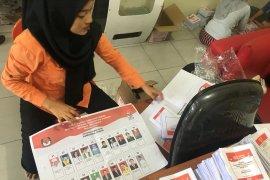 KPU Kota Binjai lipat surat suara Pilpres dan DPD