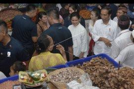 Jokowi resmikan Pasar Badung