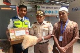 Syamsudin Noor Avsec thwart shark fin smuggling