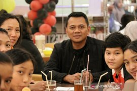 Raih juara III, pebulutangkis cilik asal Labura diberi bonus Kapolres Cirebon