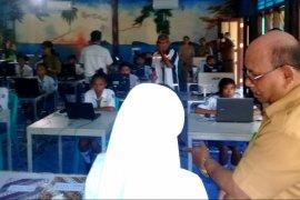 Wakil Bupati Malra buka UNBK SMK