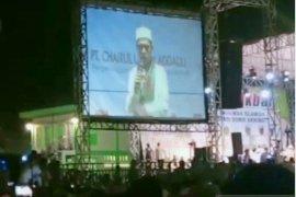 Ribuan umat muslim di Jambi hadiri tausiyah Ustadz Abdul Somad