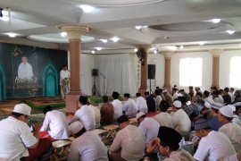 Ulama: KH Hasyim Muzadi teladan dalam melayani umat