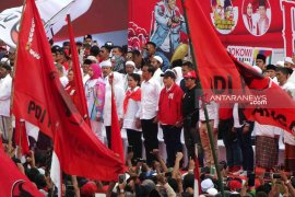 Round up - Seharian Jokowi kampanye di tiga daerah Jatim