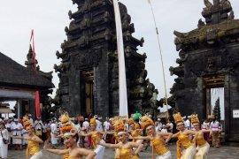 """ISI Denpasar siap """"ngayah"""" di desa pakraman se-Bali"""