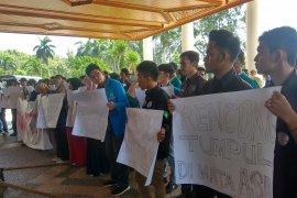 Plt Gubernur Aceh didesak cabut izin PT EMM