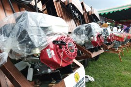 Alsintan bantuan pemerintah pacu produksi gabah di Tuban