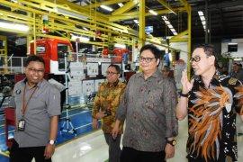 Menperin target ekspor otomotif 450 unit