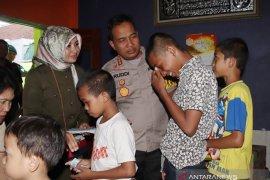 Kapolresta Denpasar berbagi tali kasih di Yayasan Al Ittihad Rasyid