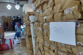 Distribusi logistik ke kepulauan Masalembu 8 April