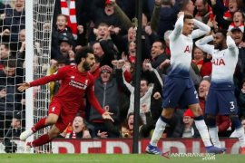 Dibantu gol bunuh diri, Liverpool kalahkan Tottenham 2-1
