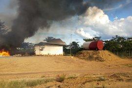 Unjukrasa memanas, massa bakar kantor PT Samhutani Jambi