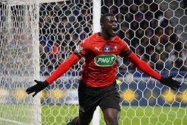 Tundukkan Lyon 3-2, Rennes melaju ke final