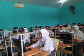 Sembilan siswa di Bengkulu tidak ikuti UNBK