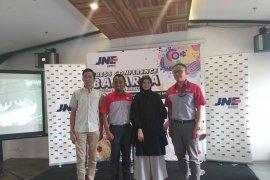 JNE beri pelatihan kepada 1.500 UKM di Bandung