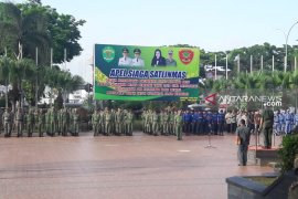 Bupati/wali kota segera serahkan kendali operasi 21.706 anggota Satlinmas