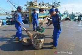 DKP Aceh deklarasikan Satgas Bersih Laut Biru