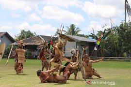"Lestarikan Budaya Lama Suku Dayak Kayan melalui ""Pehelung Ka'uh Tupuh Duman Lebau"""