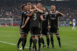 Klasemen dan hasil Liga Belanda, Ajax sementara geser PSV dari puncak