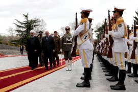 Ada apa, Bahrain minta warganya tinggalkan Iran dan Iark segera?