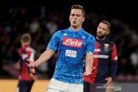 Napoli gagal tundukkan 10 pemain Genoa