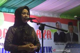 Pemkab Gorontalo edukasi politik melalui pentas seni-budaya