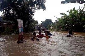 Tiga kecamatan di Jombang dilanda banjir