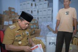 Bupati Merangin cek kesiapan logistik pemilu