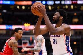 Joel Embiid absen bela 76ers  awal playoff NBA