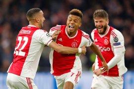 Ajax optimistis bertahan di Liga Champions