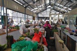 Pembayaran retribusi elektronik di pasar cegah pungli