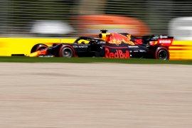 Hamilton nantikan perlawanan Red Bull di GP China