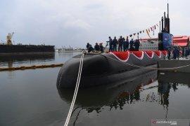 Menhan Ryamizard luncurkan kapal selam pertama buatan Indonesia (Video)
