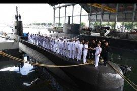 """""""Alugoro"""", kapal selam pertama buatan anak bangsa diluncurkan"""