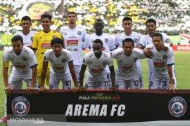 """Pelatih Arema pastikan akan bermain """"cantik"""" dan profesional"""