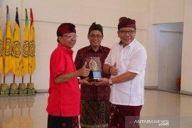 Gubernur Bali Inginkan Unhi Denpasar jadi PTN