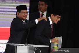 Prabowo menilai pemerintah tidak peduli terhadap penerbangan nasional