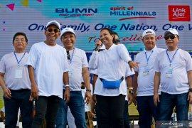 Menteri Rini Soemarno sebut BUMN tidak boleh ikut-ikut politik