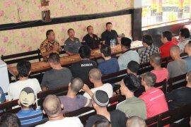 Warga binaan Rutan Medaeng belajar mekanisme pencoblosan