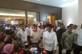 Jokowi: Masyarakat jangan takut datangi  TPS