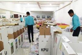 Harus pastikan logistik tiba di TPS pada 16 April