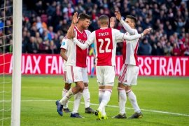 Klasemen Liga Belanda, Ajax jaga jarak aman