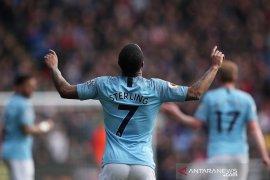 Dua gol Sterling bantu City menang di markas Palace