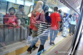 HUT BUMN ke 21, PT KAI gratiskan LRT Sehari Page 3 Small