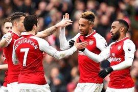 Mampukah  Arsenal masuk empat besar dan menyisihkan MU?
