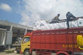 Puluhan kotak suara pemilu di Cianjur rusak akibat hujan